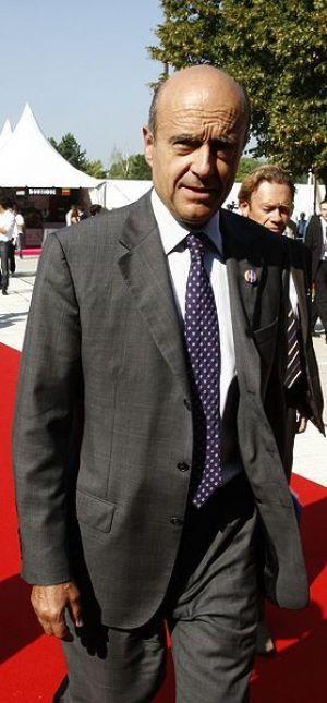 Alain Juppé dément l'implication de l'Algérie dans l'acheminement de mercenaires en Libye