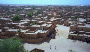 """Le gouverneur d'Agadez déterminé à trouver """"la solution la plus appropriée"""" pour sécuriser la région"""