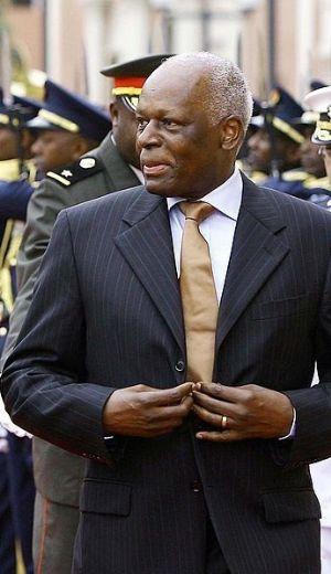 Rencontre entre Dos Santos et Sassou Nguesso avant le sommet des Grands Lacs