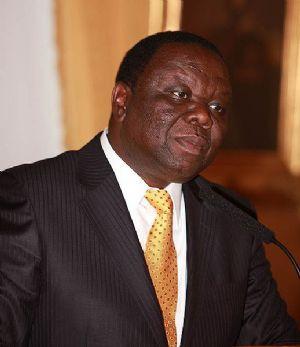 Zimbabwe : la dépouille de l'opposant Morgan Tsvangirai accueillie en héro