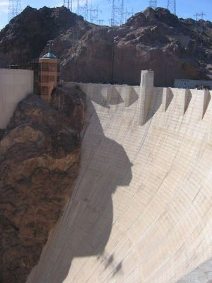 Cameroun : la BAD octroie 60 millions de dollars américains pour le barrage hydroélectrique de Lom Pangar (représentant)