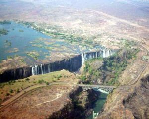 Le Zimbabwe mettra en place un comité de pilotage pour attirer les investissements