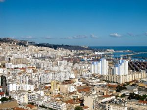 Algérie: Redha Malek, négociateur des Accords d'Evian est décédé