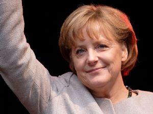 La chancelière Allemande Angela Merkel mise en cause dans un scandale sur la gestion des migrants