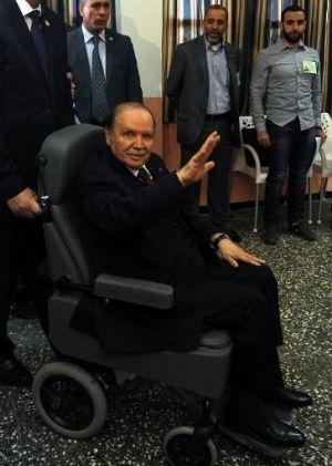 Algérie : le président Bouteflika vers un 5ème mandat sûr ?