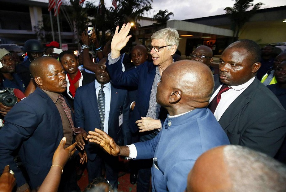 Liberia/Les décorations d'Arsène Wenger et Claude Le Roy suscitent la polémique