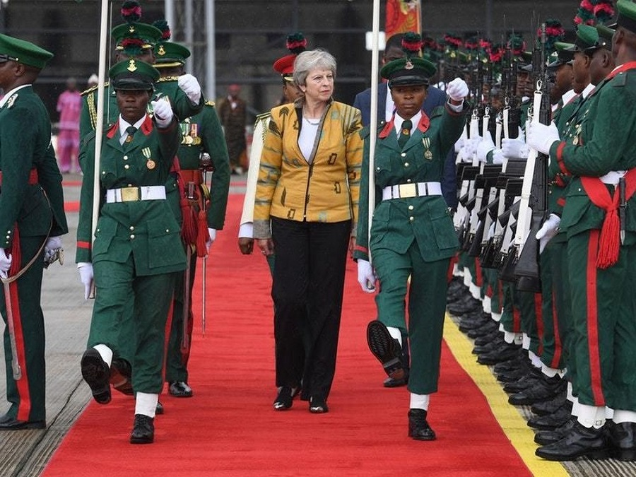 Diplomatie: Theresa May annonce l'ouverture d'Ambassades à Niamey et N'Djamena