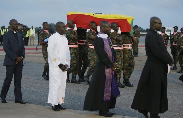 Afrique: arrivée lundi à Accra, la dépouille de Kofi Annan exposée au public dès ce mardi