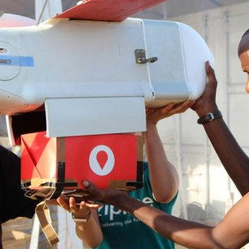 Ghana: à partir de 2019, des drones médicaux livreront des poches de sang dans les zones isolées