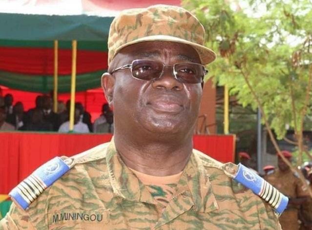Burkina-Faso : le Gal Oumarou Sadou limogé, le Col-major Moïse Minoungou est le nouveau Chef d'Etat-Major