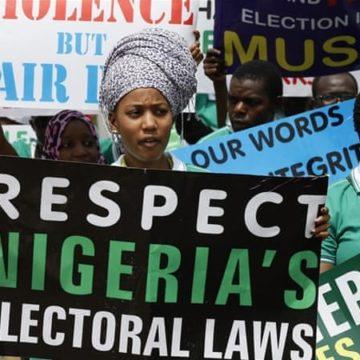 Report des élections au Nigeria : les missions d'observation prennent acte et appellent au calme