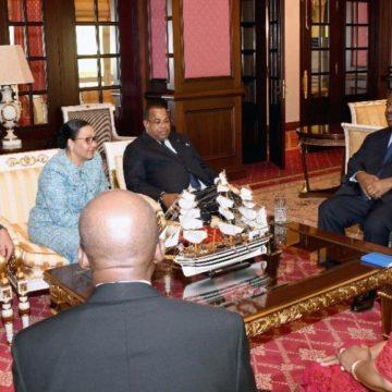 Gabon : la ministre de la Défense a prêté serment devant Ali Bongo à l'Ambassade du Gabon à Rabat