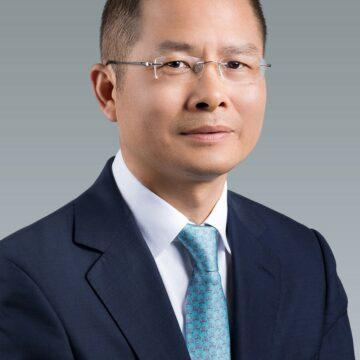 TIC : Éric XU, le Président tournant de Huawei, évoque les questions sensibles liées au développement de sa société dans le monde