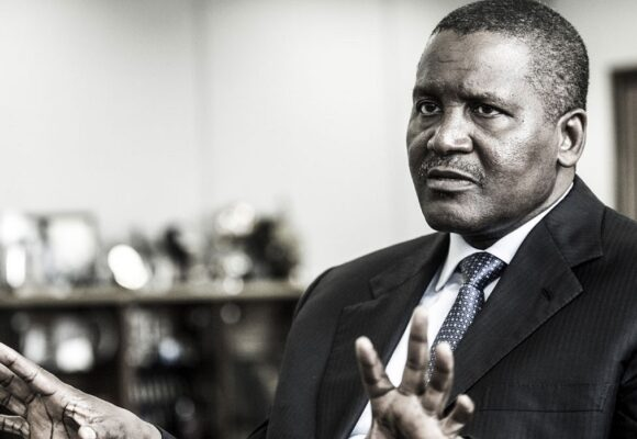 Afrique : Aliko Dangoté déplore la non effectivité de la libre circulation des personnes sur le continent