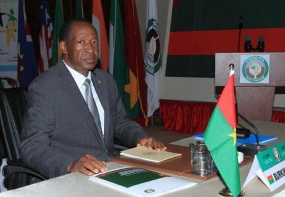 Contribution à la paix et à la stabilité : Blaise Compaoré a écrit au président du Burkina-Faso